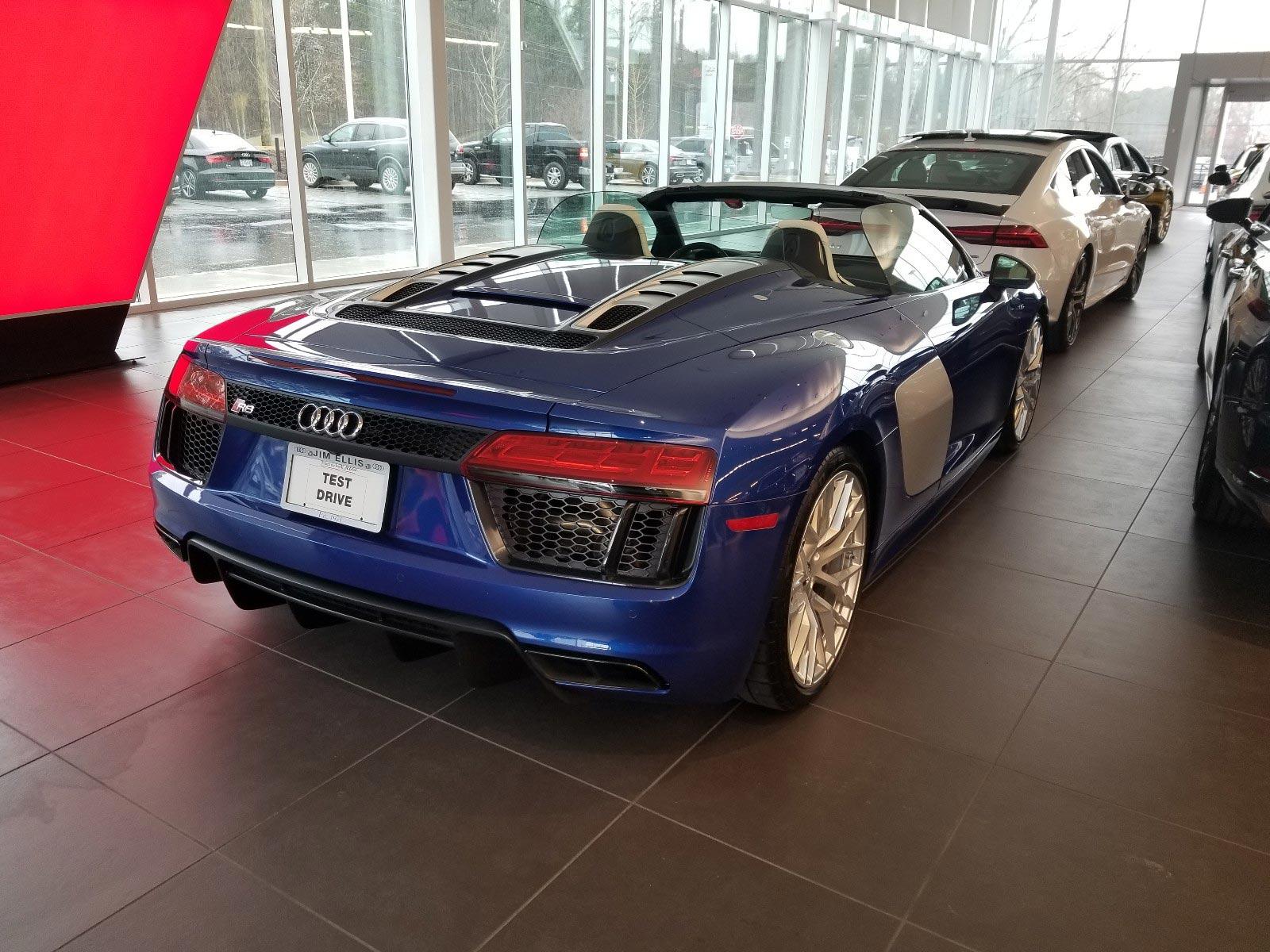 Convertible Audi R8